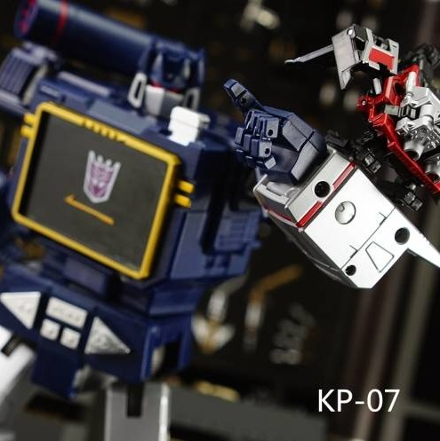 KFC- KP-07  posable hands for MP13