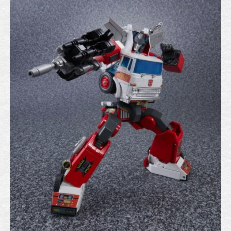TakaraTomy MP-37 Masterpiece Artfire + Nightstick