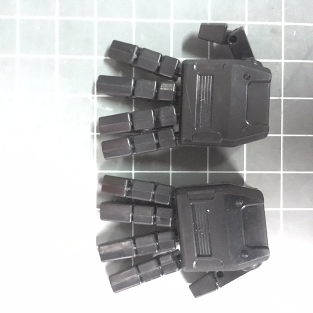 KFC- KP-08 Hand Set  posable hands for MP-31 Delta Magnus